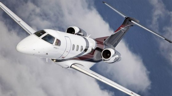 0725_embraer_phenom_300_16x9 copy 1.jpg